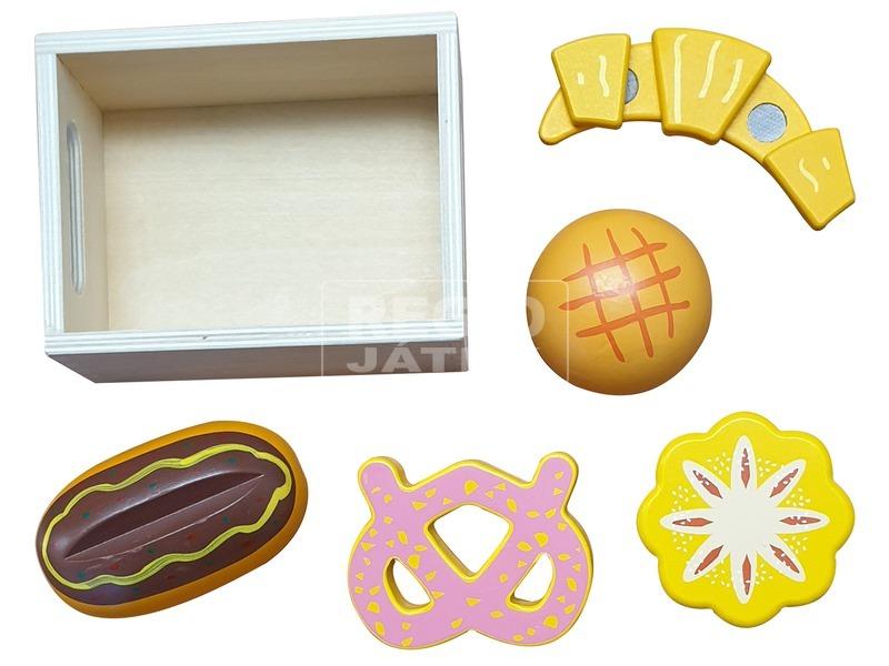 kép nagyítása Fa pékáru dobozkával