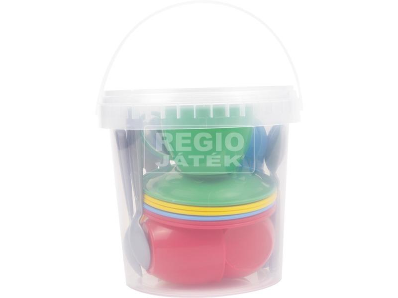 Műanyag teáskészlet vödörben