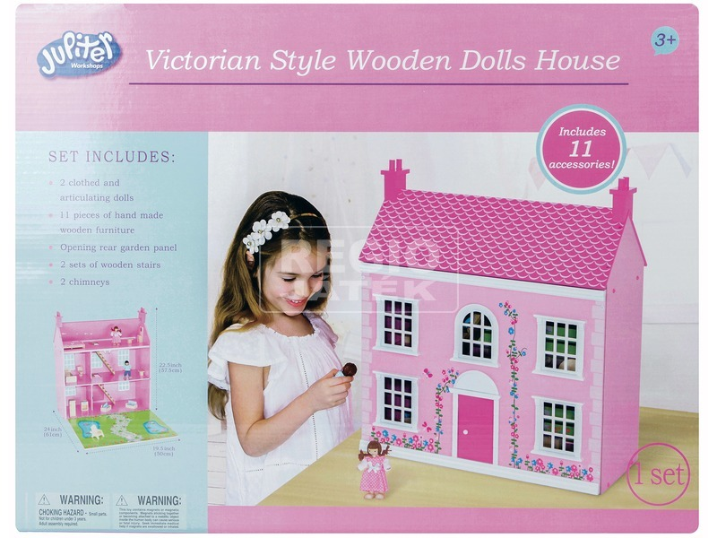 Rózsaszín fa házikó
