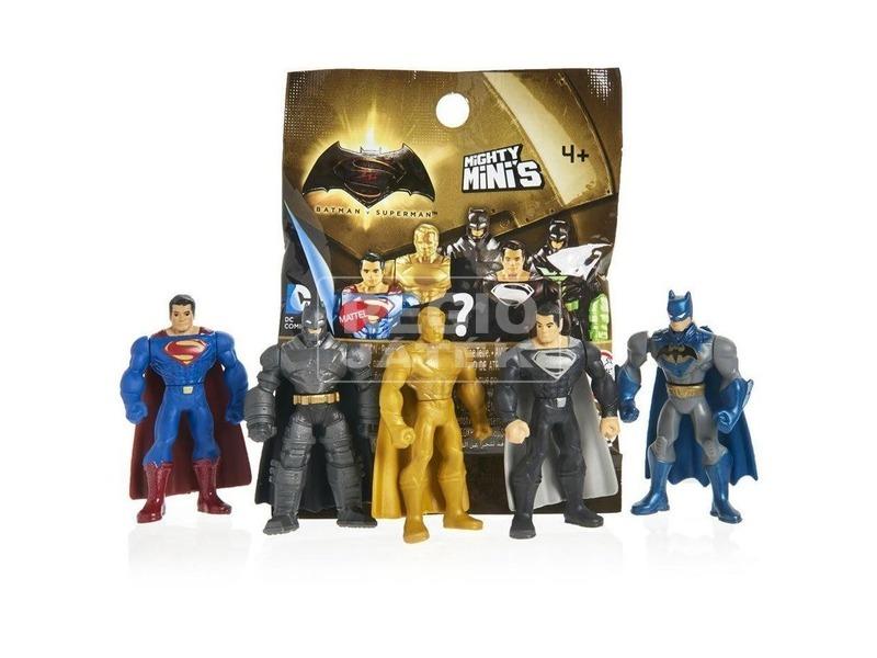 kép nagyítása Batman vs. Superman meglepetés figura - többféle