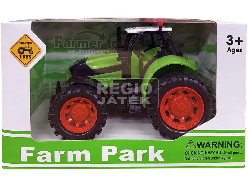 Zöld műanyag traktor