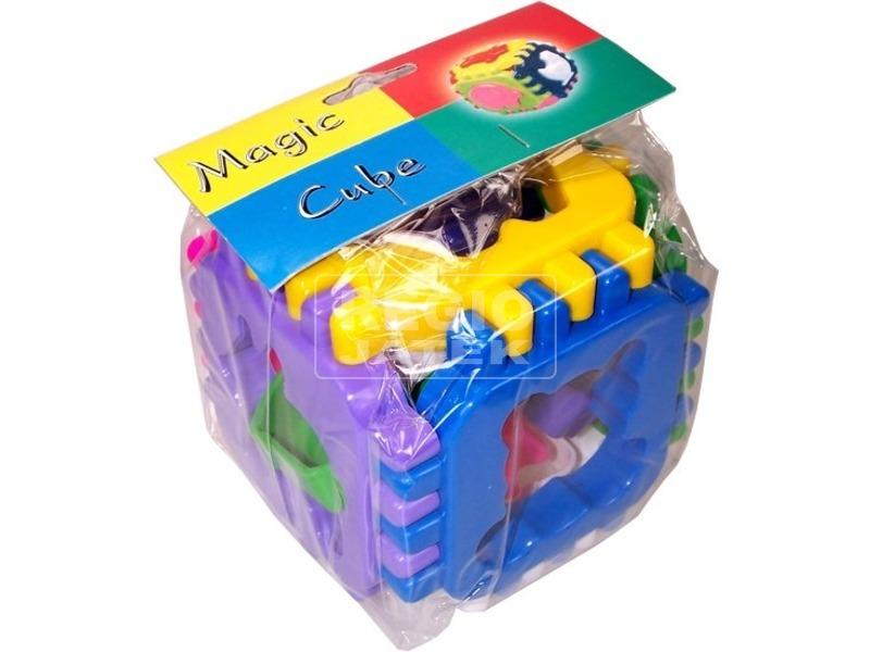 Ügyességi formaválogató kocka