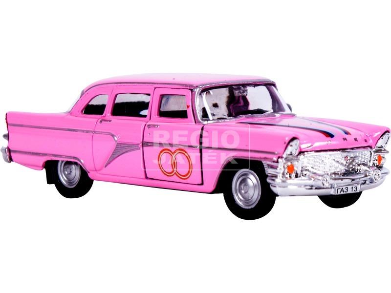1:43 GAZ 13 Chaika fém modell, rózsaszín