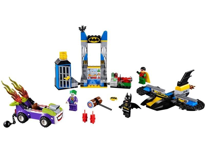kép nagyítása LEGO® Juniors Joker™ Denevérbarlang támadása 10753
