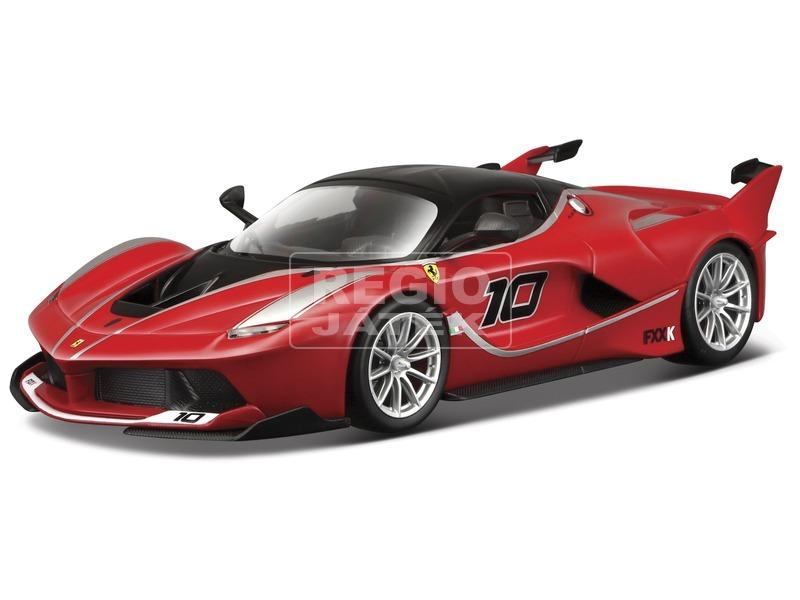 Bburago Ferrari FXXK versenyautó 1:24
