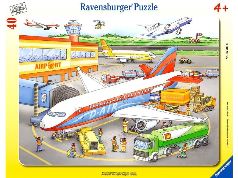 Puzzle 40 db - Repülőtér