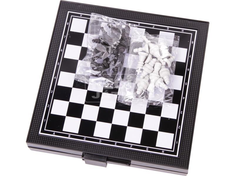 kép nagyítása 3IN1 mágneses őti társasjáték (sakk, ki nevet a végén, létrák és kígyók)
