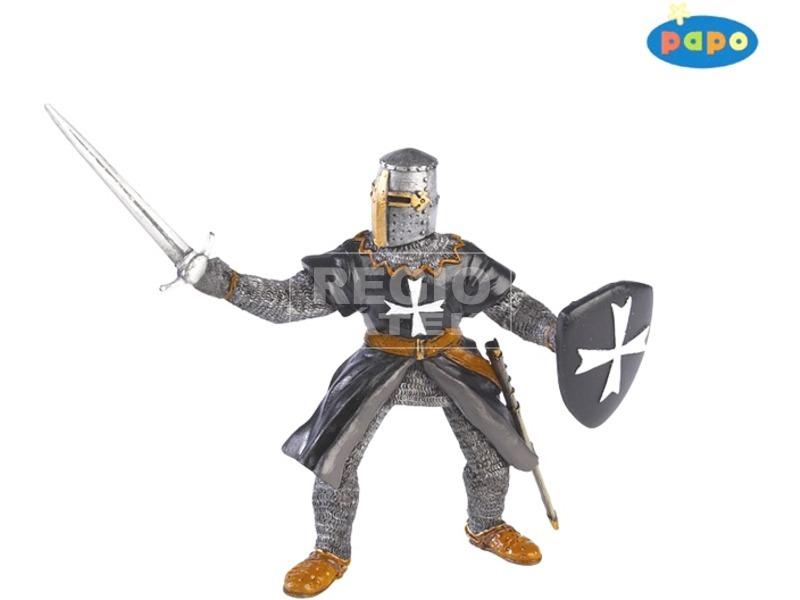 Papo máltai lovag karddal figura