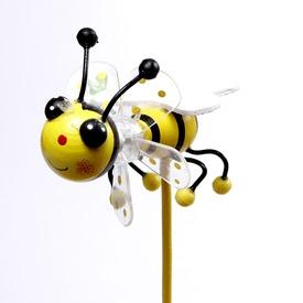 Méhecske szélforgó - 8 cm, többféle Itt egy ajánlat található, a bővebben gombra kattintva, további információkat talál a termékről.