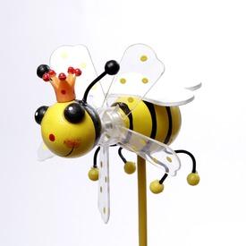 Méhecske szélforgó - 10 cm, többféle Itt egy ajánlat található, a bővebben gombra kattintva, további információkat talál a termékről.