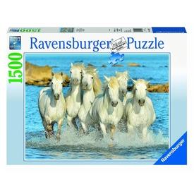 Lovak 1500 darabos puzzle Itt egy ajánlat található, a bővebben gombra kattintva, további információkat talál a termékről.