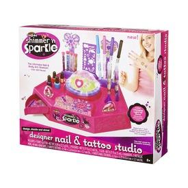 Szuper divat köröm- és tetováló stúdió
