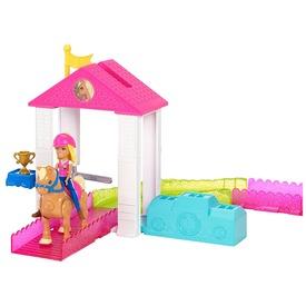 Barbie: On the Go baba pályakészlet - többféle