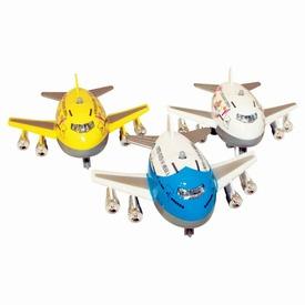 Jumbo repülő fénnyel és hanggal - 8 cm, többféle Itt egy ajánlat található, a bővebben gombra kattintva, további információkat talál a termékről.