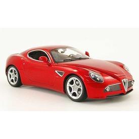 Alfa 8C Competizione autómodell - 1:24 Itt egy ajánlat található, a bővebben gombra kattintva, további információkat talál a termékről.