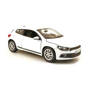 Volkswagen Scirocco autómodell - 1:24 Itt egy ajánlat található, a bővebben gombra kattintva, további információkat talál a termékről.