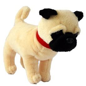 Mopsz kutya plüssfigura - 15 cm