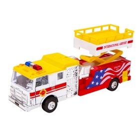 Emelőkosaras tűzoltóautó - többféle
