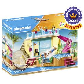 Play. Bungaló medencével
