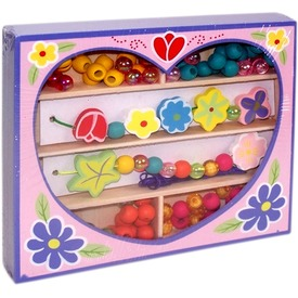 Fűzhető gyöngyök szívecskés fadobozban Itt egy ajánlat található, a bővebben gombra kattintva, további információkat talál a termékről.
