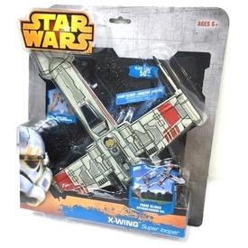 Star Wars Millenium Falcon űrhajó Itt egy ajánlat található, a bővebben gombra kattintva, további információkat talál a termékről.
