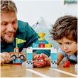 kép nagyítása LEGO® DUPLO Cars™ Villám McQueen versenyének napja 10924